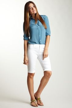Shirt and white long shorts. Love the outfit. Want those shorts! Long Shorts, White Shorts, Bermuda Shorts, Fashion Beauty, Nordstrom, Female, My Style, Closet Staples, Shirts