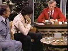 Uri Geller Is Exposed on the Johnny Carson Show. Geller found fame with mind-reading tricks and, more famously, mind-powered spoon bending. He swore that he had psychic powers. Geller was booked to appear on The Tonight Show. Host Johnny Carson surprised Geller on the show by presenting a table full of assorted spoons and knickknacks, rather than letting Geller bring his own props. The result was one of the most tense and cringe-worthy appearances in talk show history.