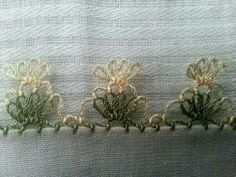 This Pin was discovered by Emi Drawn Thread, Thread Work, Needle Lace, Bobbin Lace, Japanese Embroidery, Hand Embroidery, Hobbies And Crafts, Diy And Crafts, Crochet Unique