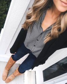 "1,552 Likes, 52 Comments - Taylor Brown (@taymbrown) on Instagram: ""Just saw that my short sleeve button up top (perfect for under cardigans and blazers for work!) got…"""