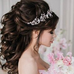 Beautiful bridal hair piece will underline the beauty of your wedding hairstyle. This elegant wedding hair vine created with tender pearl beads, shiny crystal beads and silver wire. This exquisite crystal hair vine is perfect on both dark and blond hair a Elegant Wedding Hair, Wedding Hair Pieces, Hair Wedding, Wedding Rings, Wedding Dresses, Wedding Hairstyles For Long Hair, Bride Hairstyles, Quinceanera Hairstyles, Bridal Hair Vine