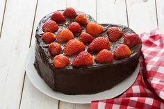 Valentýn - recepty, které to řeknou za vás Fruit Jam, Fresh Fruit, Raspberry, Strawberry, Cookie Crush, Fruits Images, Icing Colors, Rum Cake