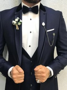 Collection: 2019 Wedding and Prom Collection Product Content: jacket pants shirt bow tie handkerchief chain Color: Navy Blue Style: Slim Fit Size: EU fabric % Men's Tuxedo Wedding, Wedding Men, Wedding Suits, Blue Suit Men, Navy Blue Suit, Slim Fit Tuxedo, Tuxedo For Men, Tuxedo Colors, Groom And Groomsmen Attire