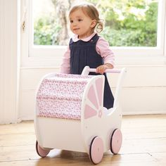 Pretty Floral Push Along Pram, Wooden Toys, Gifts and Toysחנות בלונדון