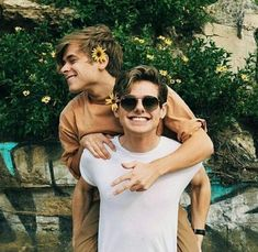 Image about gay in Mikey Murphy 📽 by Elli T. Lgbt Couples, Cute Gay Couples, Cute Couples Goals, Couple Goals, Tumblr Gay, Gay Aesthetic, Couple Aesthetic, Mikey Murphy, Parejas Goals Tumblr