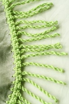 How cool is this? Crochet Fringe Border: #free #crochet how-to