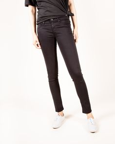 AG Jeans - The Legging Ankle in Super Black Super skinny ankle. Our signature skinny in a cropped ankle length. Model is 173cm & wearing a size 27. - Fits true to size.Super skinny ankle. - Front Rise