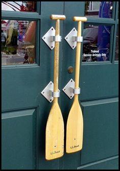 Paddle/oar door hand