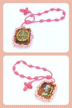 PE33 Hermosa pulsera con escapulario de san Benito, medida 3x2cm, color el de la foto, ajustable, podemos personalizar este modelo a tu gusto, precio x pieza $85, precio x 12 piezas $840 pesos