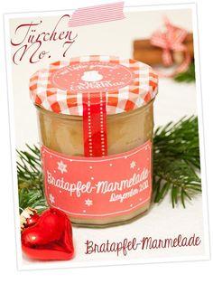 Bratapfelmarmelade mit Marzipan & Etiketten zum Ausdrucken