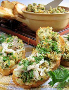 pasta-z-makreli-z-marchewka-i-zielenina Healthy Dishes, Salmon Burgers, Baked Potato, Paleo, Food And Drink, Meals, Chicken, Breakfast, Ethnic Recipes