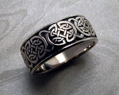 8th to 9th century, Celtic knot ring. — Metamorphosis Jewelry