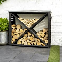 Moreton Cross Log Store – Holzdesign # cross - Feuerstelle im Garten Outdoor Firewood Rack, Outdoor Storage, Indoor Firewood Storage, Firewood Holder, Patio Storage, Outdoor Projects, Garden Projects, Log Projects, Wood Shed