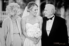 Bride with grandparents photo Wedding Photography Sivan Photography Country Club of Orlando Wedding Quotes, Trendy Wedding, Wedding Pictures, Dream Wedding, Luxury Wedding, Farm Wedding, Grandparents Photo Frame, Grandparent Photo, Wedding Photography Styles