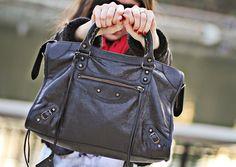 Balenciaga bag giveaway via Fashion Chalet!      http://www.fashionchalet.net/2012/01/giveaway-balenciaga-arena-classic-city.html