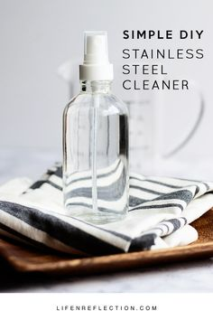 Diy Cleaners 344455071499662629 - How do you get stainless steel to shine and remove streaks from stainless steel? That's simple with a DIY Stainless Steel Cleaner! Source by marsales Natural Cleaning Recipes, Homemade Cleaning Products, Natural Cleaning Products, Diy Products, Diy Stainless Steel Cleaner, Cleaning Stainless Steel Appliances, Diy Cleaners, Cleaners Homemade, Household Cleaners