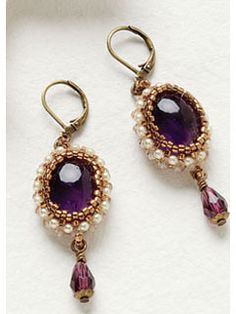 Royal Amethyst earrings - Wander back in time using right-angle weave to bead stunning Victorianesque ear dangles    Cecilia Guastaferro