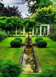 Charmant und elegant wirkt dieser französische Garten
