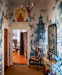 30 Images of Beautiful Interior Inspiration for the Last July Days . :: This Is Glamorous 30 Images of Beautiful Interior Inspiration for the Last July Days . Chinoiserie Wallpaper, Chinoiserie Chic, Deco Originale, White Decor, Delft, My New Room, Wabi Sabi, Beautiful Interiors, Interior Inspiration