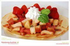 #Przepis na #nalesniki z rabarbarem i jabłkami na #sniadanie  http://pozytywnakuchnia.pl/jablkowo-rabarbarowa-poezja-nalesnikowa/  #jablka #rabarbar