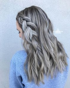 Blond Ash, Ash Blonde Hair With Highlights, Ash Blonde Hair Balayage, Ash Grey Hair, Ombre Highlights, Grey Blonde, Blonde Hair Looks, Brown Blonde Hair, Brown Hair Colors