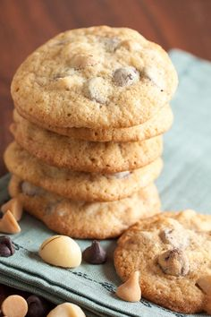 Peanut Butter Chip, Macadamia Nut Chocolate Chip Cookies – with bursts of peanut butter and chocolate flavour from all the chips, plus crunch and buttery flavour from the macadamias. A great combination of flavours!
