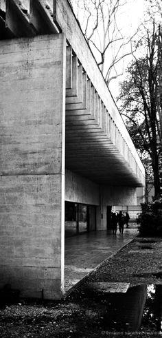 Pabellón Países Escandinavos · Scandinavian Pavilion  Arq. Sverre Fehn  Photo. Enrique Sánchez Muñoz