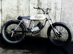 Puch minicross by Russell Mecanica Brat Cafe, Motorcycle Engine, Mopeds, Classic Bikes, Dirt Bikes, Scrambler, Hot Rods, Old School, Madness