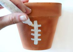 12 Delicious Tailgating Recipes That Will Bring Opponents Together | Decorating and Design Blog | HGTV