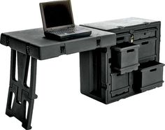 The Pelican 472 Field Desk is a single unit mobile office ready for any situation. Best Office Chair, Office Desk, Tool Box On Wheels, Diy Auto, Rolling Tool Box, Military Box, Mobile Workshop, Chuck Box, Mini Office
