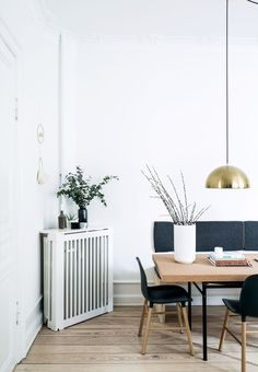 Scandinavian Interior Modern Design ---- Interior Design Christmas Wardrobe Fashion Kitchen Bedroom Living Room Style Tattoo Women Cabin Food Farmhouse Architecture Decor Home Bathroom Furniture Exterior Art People Recipes Modern Wedding Cottage Folk Apar Interior, Interior Inspiration, Living Room Scandinavian, Home Decor, House Interior, Scandinavian Interior Design, Interior Design, Modern Interior, Home And Living