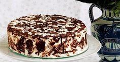 Víte, jak těžké to má muž nadšené amatérské cukrářky? Zeptejte se toho mého:o) Manžel se mi ke každým narozeninám snaží upéct dort a obvykle... Dessert Recipes, Desserts, Tiramisu, Bakery, Food And Drink, Ethnic Recipes, Mascarpone, Tailgate Desserts, Deserts