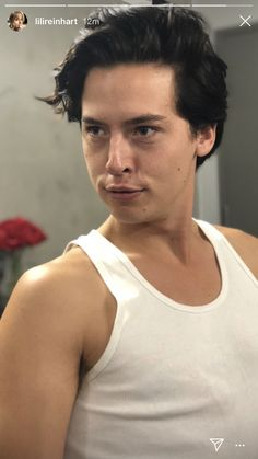 Cheryl Blossom on Riverdale Cole M Sprouse, Cole Sprouse Funny, Cole Sprouse Jughead, Dylan Sprouse, Cole Sprouse Snapchat, Cole Sprouse Shirtless, Riverdale Funny, Riverdale Memes, Riverdale Cast
