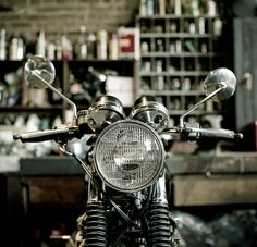 Classic Cafe Racer #motorcycles #caferacer #motos | caferacerpasion.com