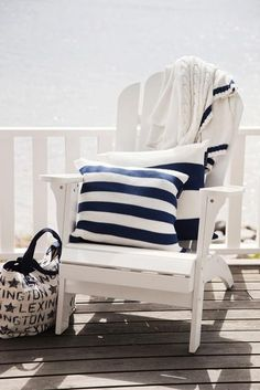You can enhance the natural beauty of your home with beach house decorating ideas. Coastal Decor like beach art and furniture. Coastal Cottage, Coastal Homes, Coastal Style, Coastal Living, Coastal Decor, Seaside Style, White Cottage, Cottage Porch, Seaside Theme