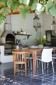These Outdoor Kitchens Are The Ultimate Summer Grilling Goals - amazing european style indoor outdoor kitchen amazing european style indoor outdoor kitchen amazing - Simple Outdoor Kitchen, Indoor Outdoor Kitchen, Simple Kitchen Design, Outdoor Kitchen Design, Kitchen On A Budget, Kitchen Layout, Outdoor Cooking, Outdoor Spaces, Outdoor Living