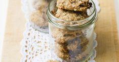 Bananen-Cookies mit Nüssen und Haferflocken ist ein Rezept mit frischen Zutaten aus der Kategorie Getreide. Probieren Sie dieses und weitere Rezepte von EAT SMARTER!