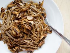 KitchenLab: Honey-Soy Soba Noodles with Chestnut Mushrooms and Caramelised Onions