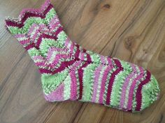 Socks, Google, Fashion, Slipper, Tights, Sock Knitting, Tutorials, Stockings, Moda