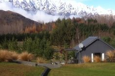 20 minutes from Coronet Peak - Midnight Way Cottage in Queenstown, Queenstown-Lakes | Bookabach.co.nz/9967