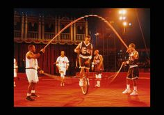 Jumping rope Basketball Unicycle Freestylers www.streets-united.com