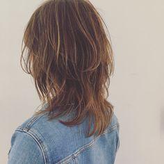 ウルフカットが進化して登場!髪の長さ別おすすめヘアスタイルをご紹介 | folk Summer Hairstyles, Bob Hairstyles, Hair Inspo, Hair Inspiration, Medium Hair Styles, Short Hair Styles, Hair Arrange, Asian Hair, New Haircuts