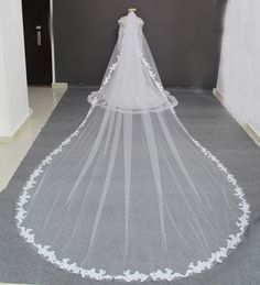 100% Real Photos Luxury 5 Meters Full Edge with Lace Long Wedding Veil with Comb White Ivory Bridal Veil Veu de Noiva