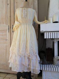Magnifique Robe Soie Ancienne Magnolia Dentelle Ancienne Pearl Oversize | eBay
