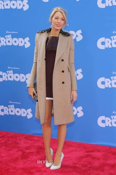 Blake Lively sul red carpet per il maritino Ryan Reynolds » GOSSIPpando | GOSSIPpando