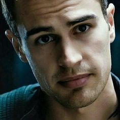 I CANT THEO <3