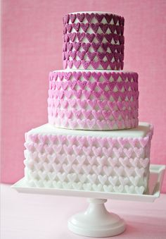 DIY Ombre Sugar Hearts Tutorial by Erica O'Brien Cake Design and Brooke Allison Photography Fancy Cakes, Cute Cakes, Pretty Cakes, Beautiful Cakes, Amazing Cakes, Simply Beautiful, Heart Wedding Cakes, Unique Wedding Cakes, Cake Wedding