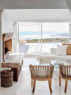 south-africa-minimalist-beach-house-6-desmitten - DeSmitten Design Journal