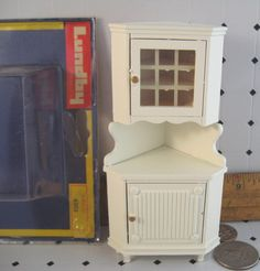 Vintage Lundby Doll House Wood Corner Cabinet White 1:16 Miniature Furniture MIP