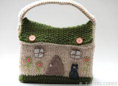 "The Dollhouse ""fairy garden"", original pattern: http://www.krazyawesome.com/knitmonster/dollhouse-purse.html"